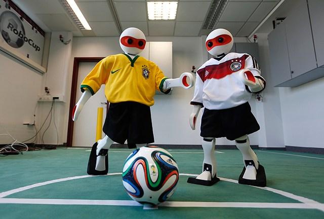 机器人足球世界杯即将在巴西拉开序幕